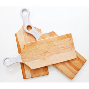 yellow-birch-cutting-board-w-handle